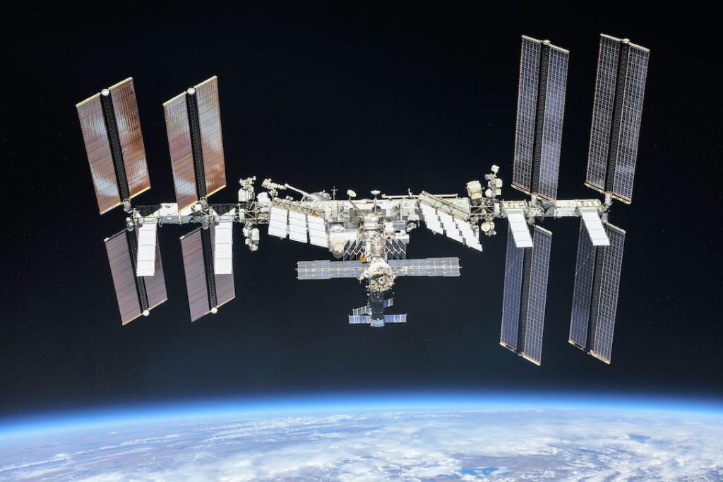 ISS : source NASA